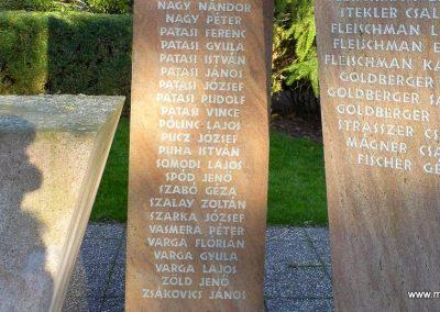 Bős II. világháborús emlékmű 2014.12.21. küldő-Méri (7)