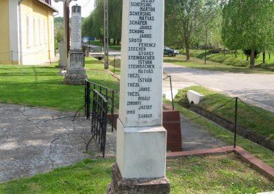 Bőszénfa II.vh emlékmű 2011.04.23. küldő-kalyhas (5)