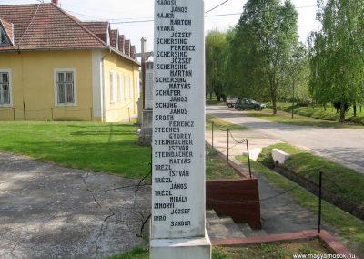 Bőszénfa II.vh emlékmű 2011.04.23. küldő-kalyhas (6)