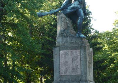 Babócsa világháborús emlékmű 2009.05.12.küldő-Sümec (3)