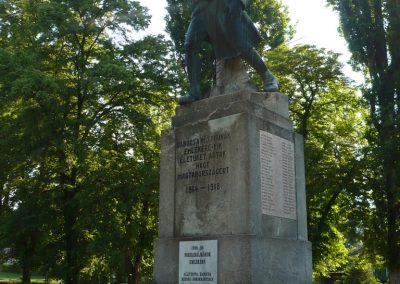 Babócsa világháborús emlékmű 2009.05.12.küldő-Sümec (5)