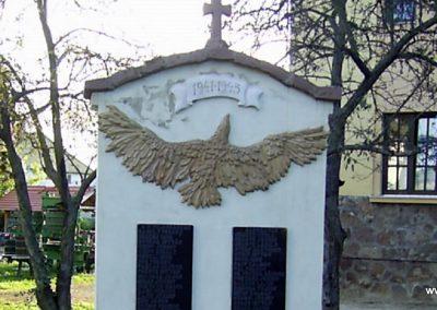 Badacsonytördemic II.vh emlékmű 2010.08.29. küldő-Bagoly András (1)