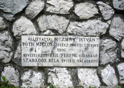 Bajót világháborús emlékmű 2010.06.26. küldő-Sümec (10)