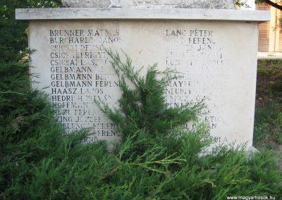 Baj II.vh emlékmű 2008.07.02.küldő-Kályhás (2)