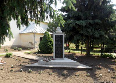 Bakonszeg világháborús emlékmű 2018.05.26. küldő-Bóta Sándor (2)