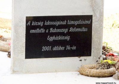 Bakonszeg világháborús emlékmű 2018.05.26. küldő-Bóta Sándor (9)