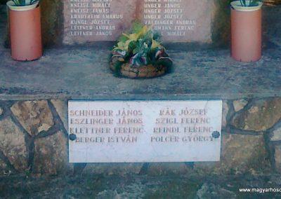 Bakonyjákó II.vh emlékmű 2010.08.11. küldő-Csiszár Lehel (3)