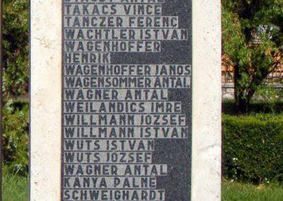 Bakonysárkány II. világháborús emlékmű 2012.08.13. küldő-Méri (3)