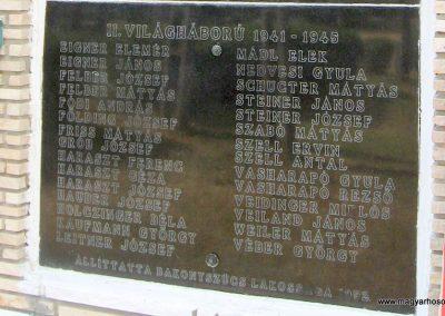 Bakonyszűcs világháborús emlékmű 2010.07.21. küldő-kalyhas (5)