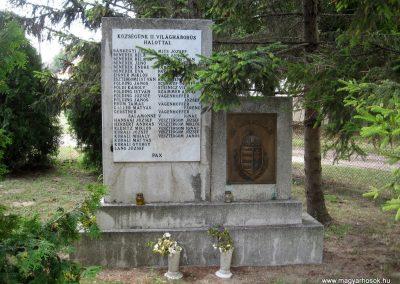 Bakonyszentiván II.vh emlékmű 2010.07.21 küldő-kalyhas (1)