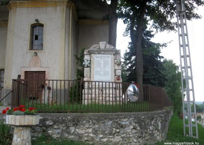 Bakonyszentkirály világháborús emlékmű 2010.07.21. küldő-kalyhas
