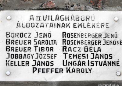 Baksa világháborús emlékmű 2012.07.31. küldő-KRySZ (5)