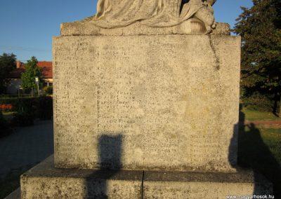 Balástya I.vh és II.vh emlékművek 2011.08.21. küldő-kalyhas (9)