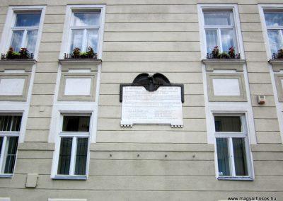 Balassagyarmat Civitas Fortissima emléktábla 2012.07.11. küldő-kalyhas (1)
