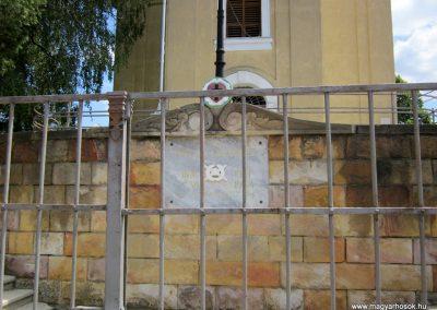 Balassagyarmat evangélikus templom világháborús emléktábla 2012.07.11. küldő-kalyhas (1)