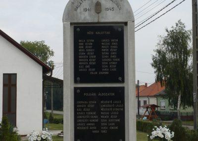 Balatonújlak világháborús emlékmű 2009.09.17. küldő-Sümec (1)