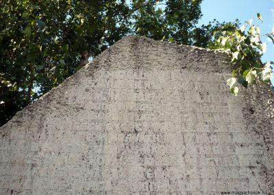 Balatonőszöd világháborús emlékmű 2010.08.29 küldő-Sümec (2)