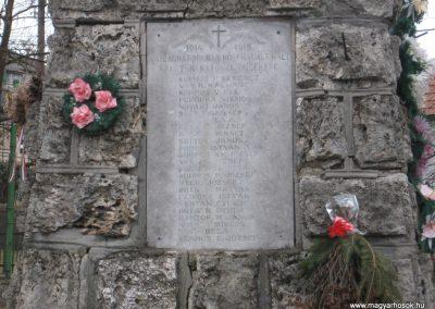 Balaton világháborús emlékmű 2008.01.27.küldő-Kályhás (3)