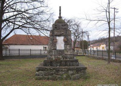 Balaton világháborús emlékmű 2008.01.27.küldő-Kályhás (4)