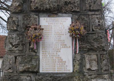 Balaton világháborús emlékmű 2008.01.27.küldő-Kályhás (5)