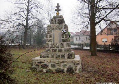 Balaton világháborús emlékmű 2016.01.29. küldő-kalyhas (1)