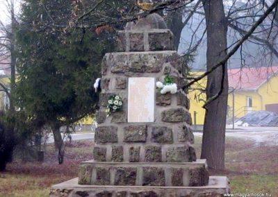 Balaton világháborús emlékmű 2016.01.29. küldő-kalyhas (6)