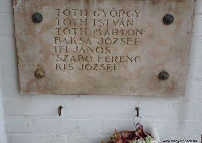 Balatonberény Hősi emlékmű 2009.09.17. küldő-Sümec (7)