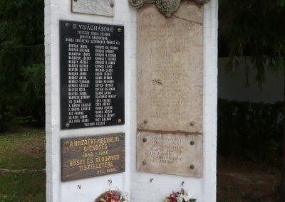 Balatonberény Hősi emlékmű 2009.09.17. küldő-Sümec (8)