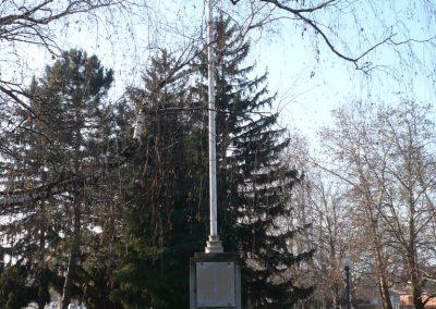 Balatonboglár világháborús emlékmű 2010.01.20. küldő-Sümec (6)