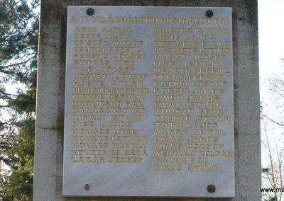 Balatonboglár világháborús emlékmű 2010.01.20. küldő-Sümec (7)