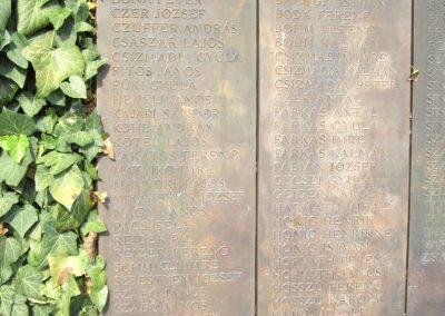 Balatonendréd világháborús emlékmű 2013.08.23. küldő-kalyhas (4)