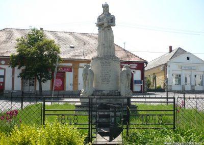 Balatonfüred I.vh emlékmű 2009.05.17.küldő-Ágca (1)