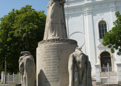 Balatonfüred I.vh emlékmű 2009.05.17.küldő-Ágca (2)