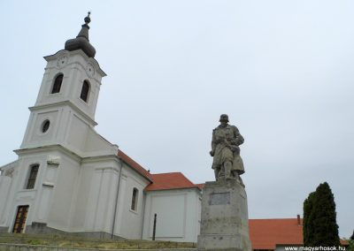 Balatonfőkajár I. világháborús emlékmű 2015.06.19. küldő-Méri