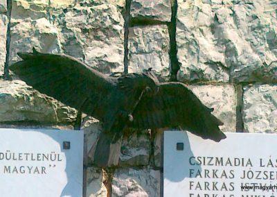 Balatonfűzfő világháborús emlékmű 2011.05.23. küldő-Csiszár Lehel (3)