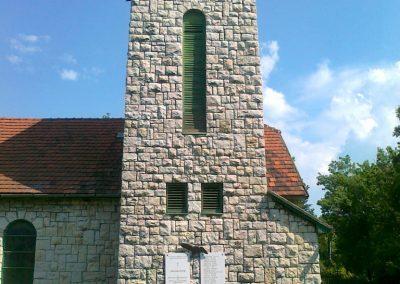 Balatonfűzfő világháborús emlékmű 2011.05.23. küldő-Csiszár Lehel