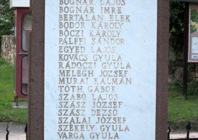 Balatonhenye világháborús emlékmű 2013.06.25. küldő-kalyhas (7)