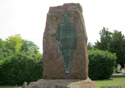 Balatonkenese református temető II. világháborús emlékmű 2010.07.13. küldő-Emese