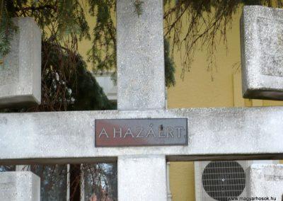 Balatonmagyaród világháborús emlékmű 2012.04.11. küldő-Sümec (5)
