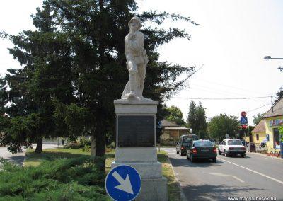 Balatonszárszó I.vh emlékmű 2007.08.06. külő-Kályhás