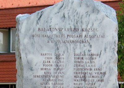 Balatonszárszó II.vh emlékmű 2007.08.06. küldő-Kályhás (2)