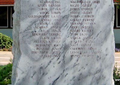 Balatonszárszó II.vh emlékmű 2007.08.06. küldő-Kályhás (3)