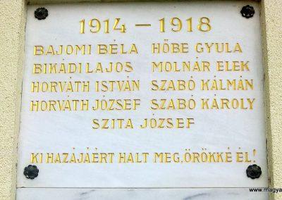 Balatonudvari világháborús emléktáblák 2012.11.06. küldő-Csiszár Lehel (2)
