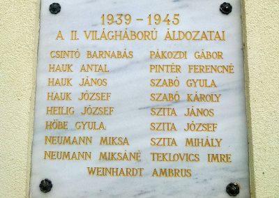 Balatonudvari világháborús emléktáblák 2012.11.06. küldő-Csiszár Lehel (3)