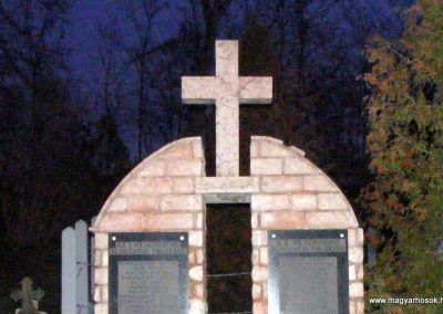 Balinka világháborús emlékmű 2012.12.29. küldő-Méri (1)