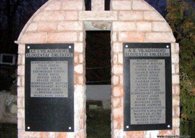 Balinka világháborús emlékmű 2012.12.29. küldő-Méri (2)