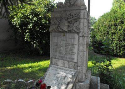 Balogunyom világháborús emlékmű 2009.09.02.küldő-Gyurkusz (1)