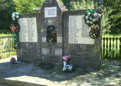 Barabás II.vh emlékmű 2008.08.19.küldő-Ősz Béláné (1)