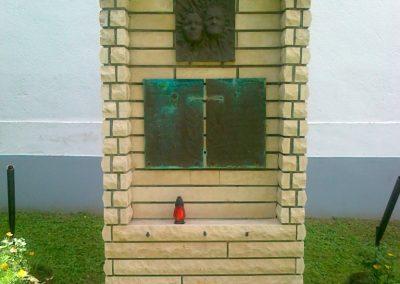 Barnag II.vh emlékmű 2010.08.12. küldő-Csiszár Lehel (1)