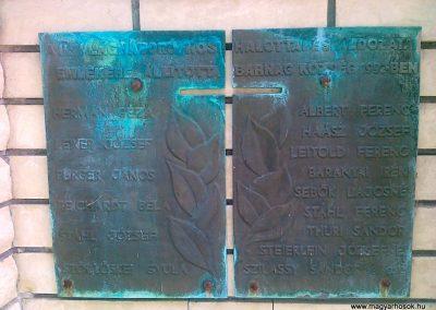 Barnag II.vh emlékmű 2010.08.12. küldő-Csiszár Lehel (3)